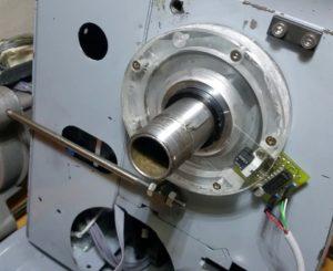 Один из способов автоматизации работы на токарном станке — электронная гитара